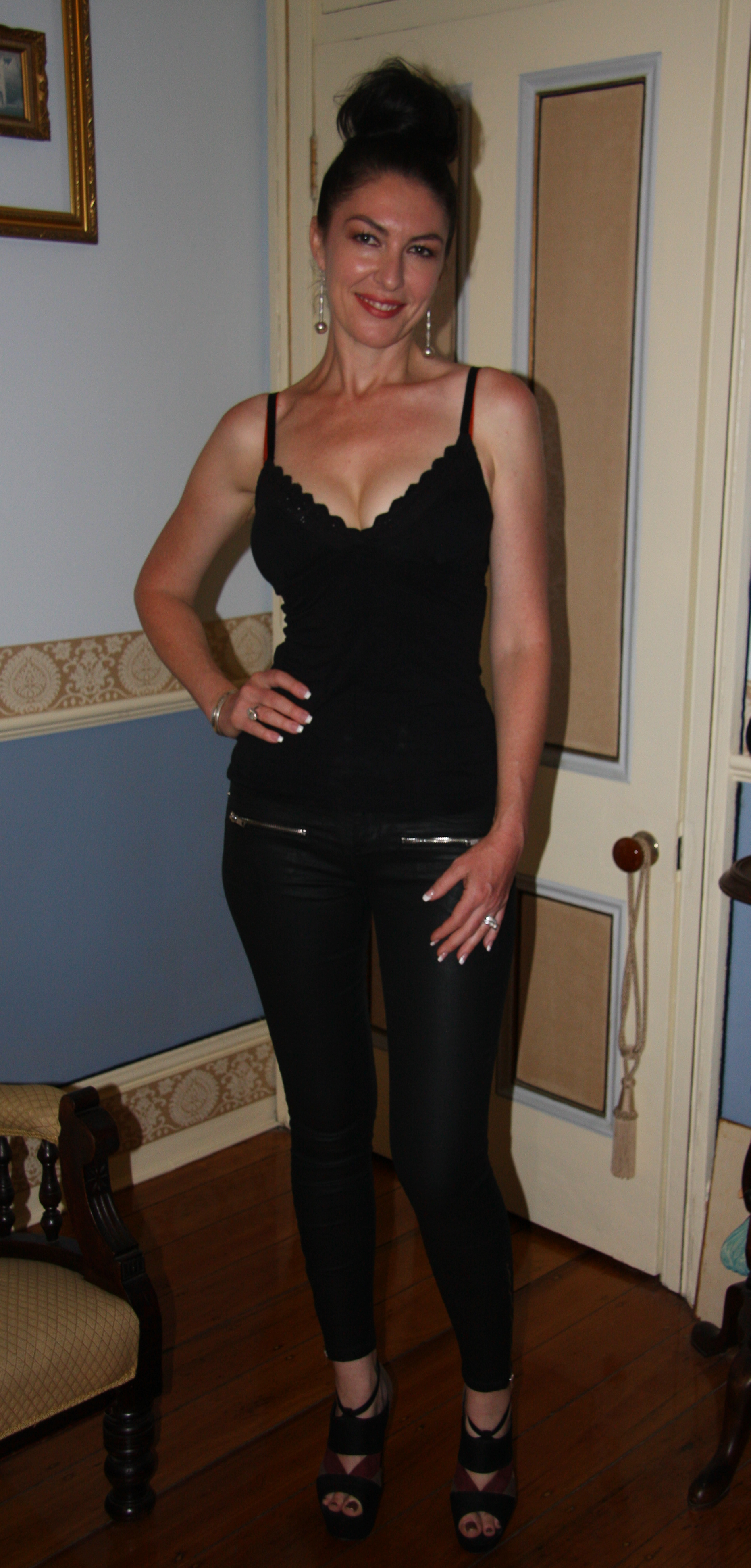 A Night Out (Cabaret Show) – Demi Monde