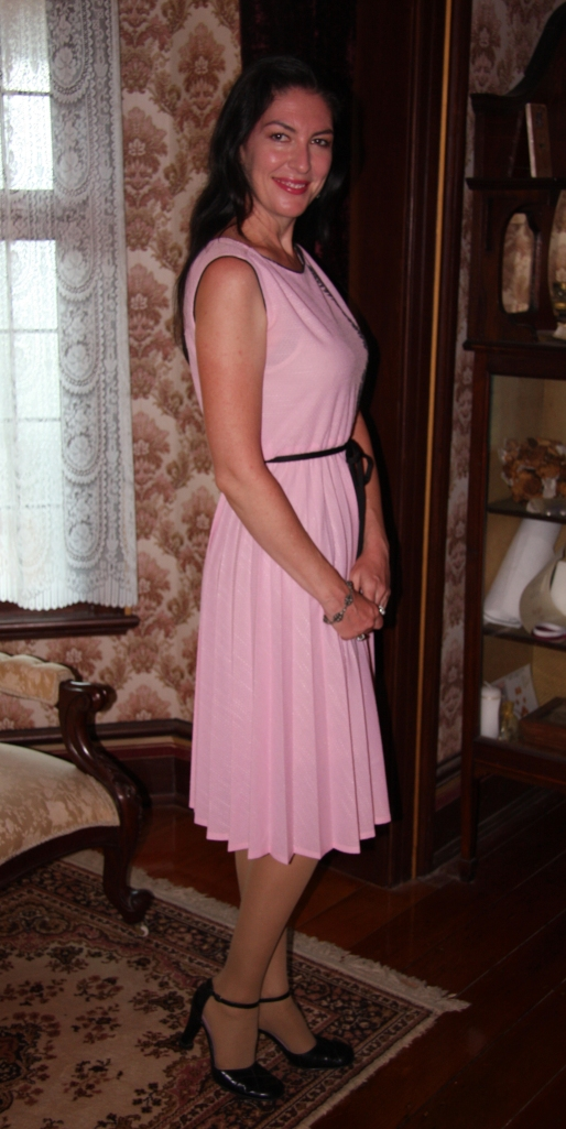 Pretty in Pink - Side