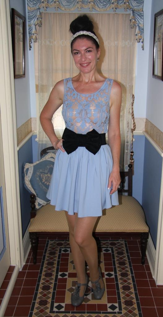 Blue Crochet - Front