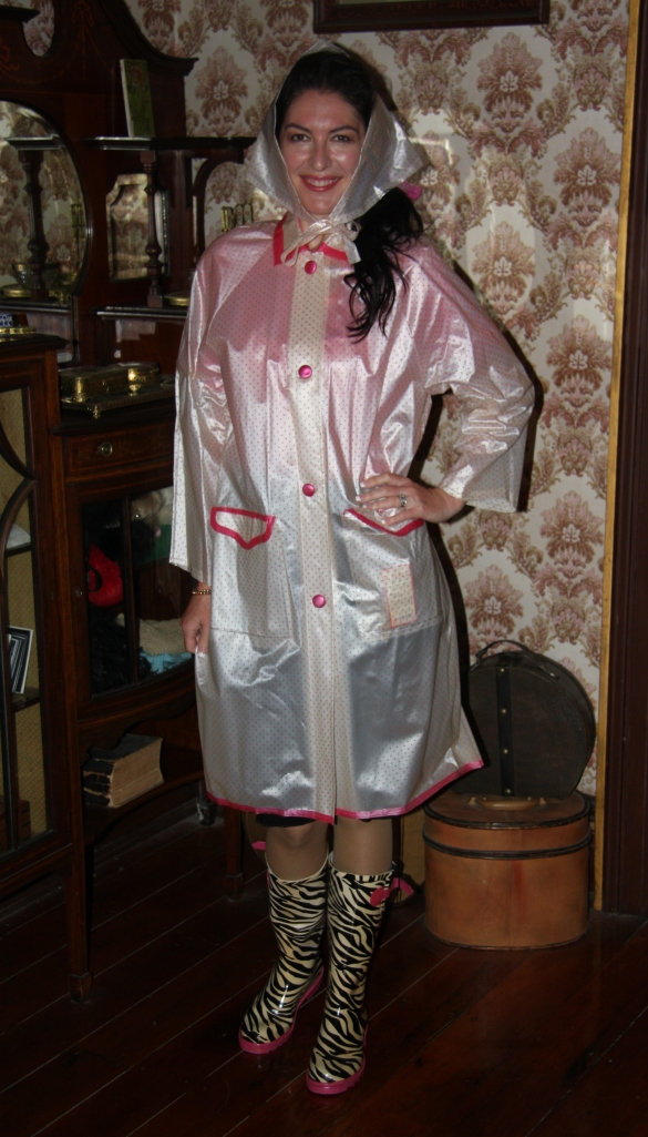 Shirr Raincoat - Front