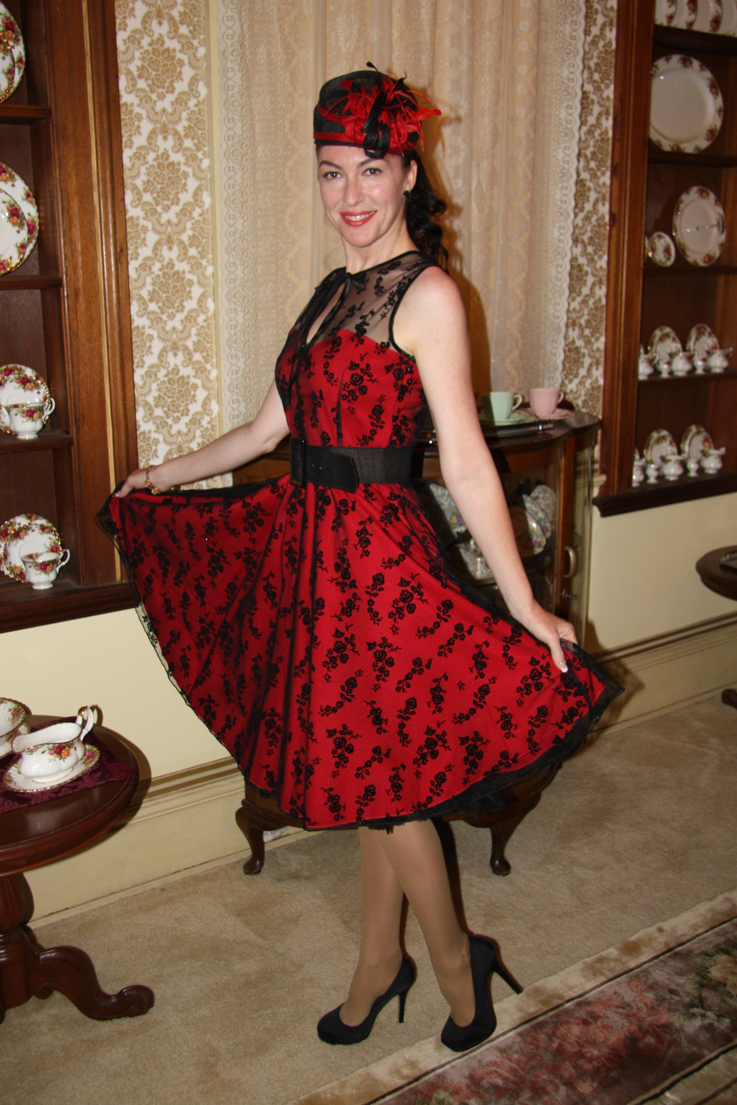 Black lace dresses melbourne