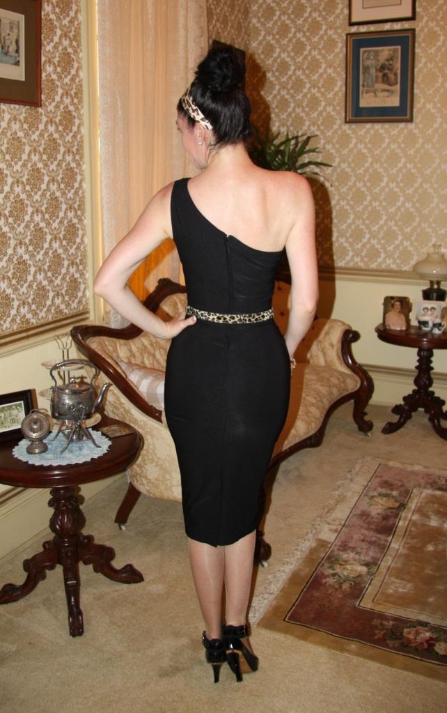 Grecian Girl - Back