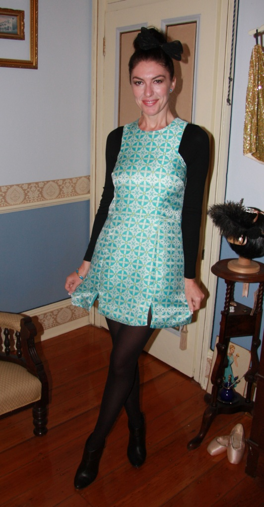 Turquoise Treat - Front