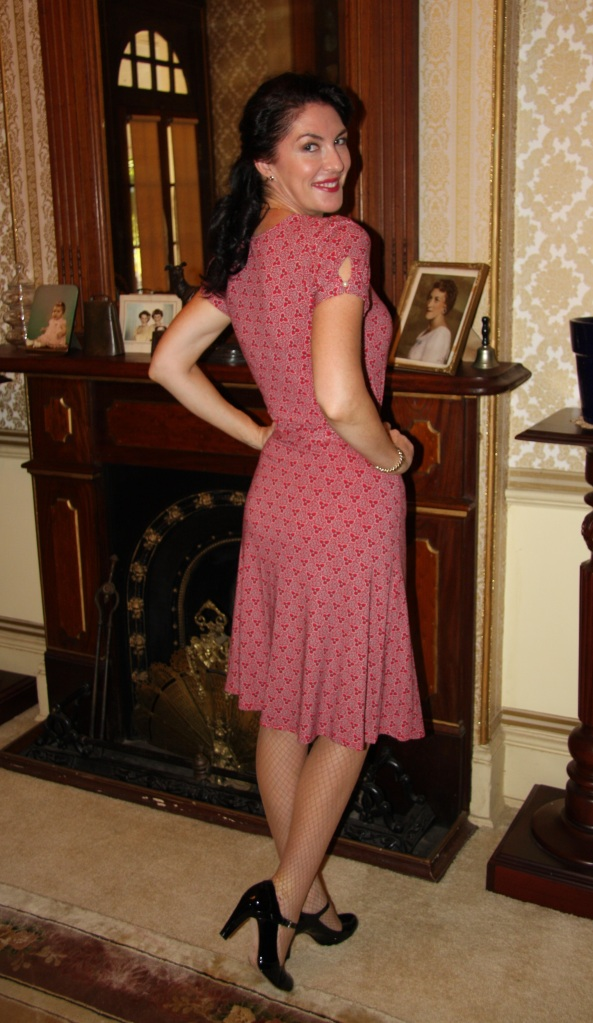 1940s Flair - Back