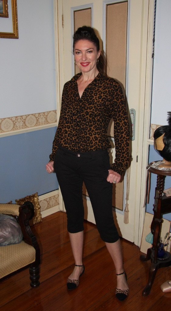Leopard Looks - Front