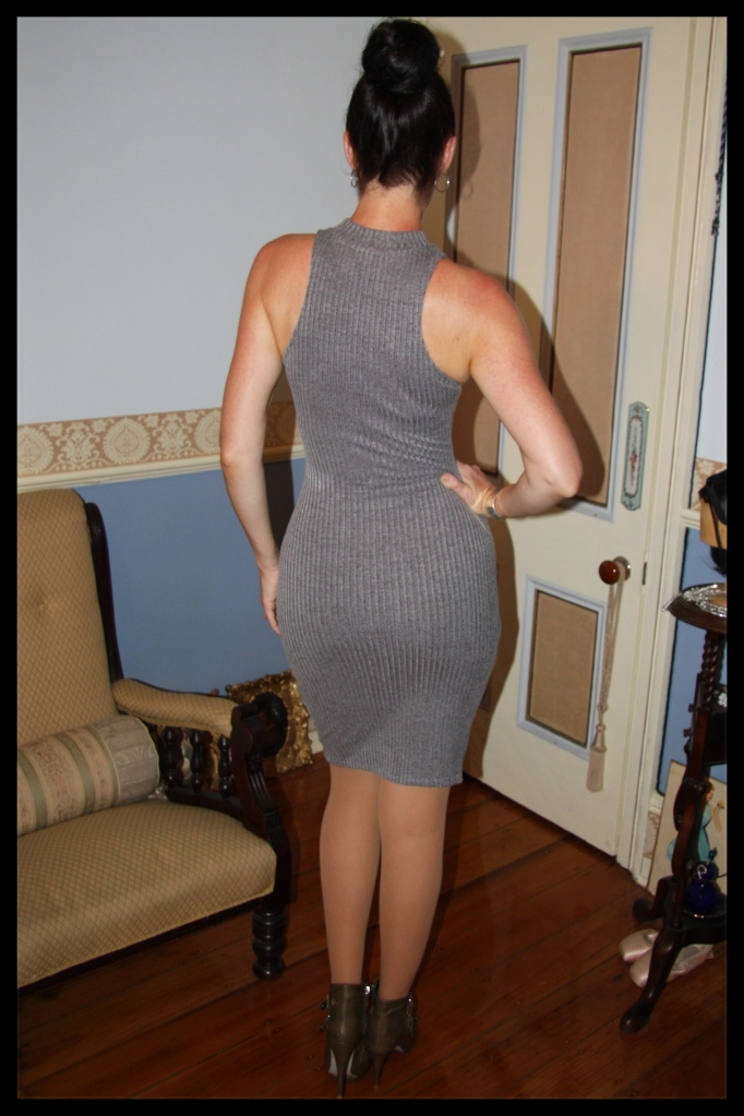 Grey-t - Back